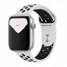 Apple Watch S5 NIKE 44mm Silver Aluminum / Pure Platinum Sport Band